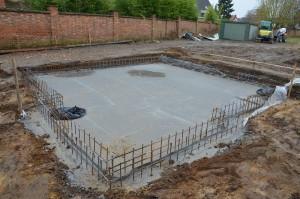 Betonplaat met waterkeerplaat