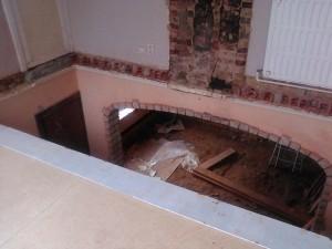 Uitbreken bestaande vloer
